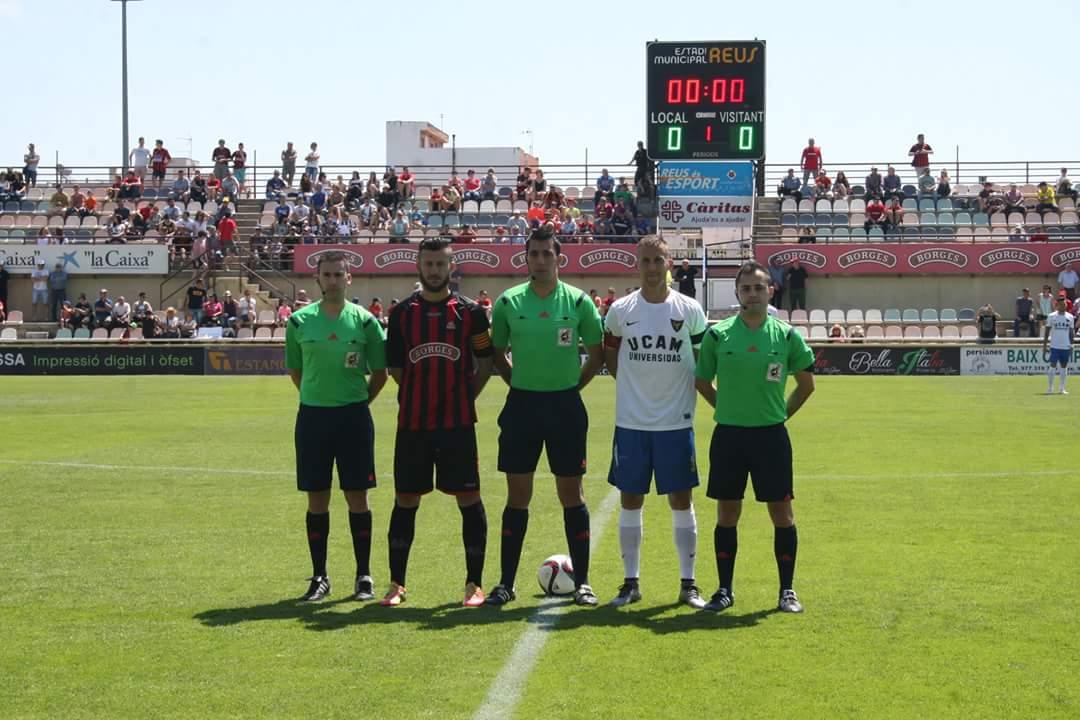 CF Reus Deportivo – UCAM Murcia: Iván Caparrós Hernández, César Argente Millán y Rubén López de los Mozos Merino